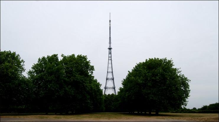 mobile mast london